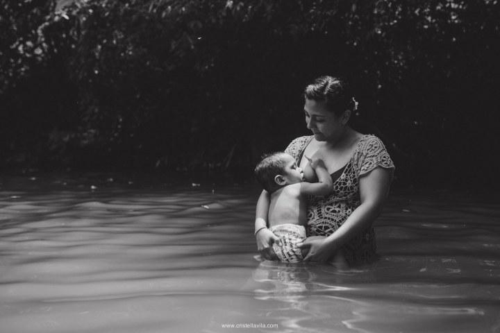 cristell-avila-fotografia-de-familia-lactancia-materna-villahermosa-tabasco-mexico-10