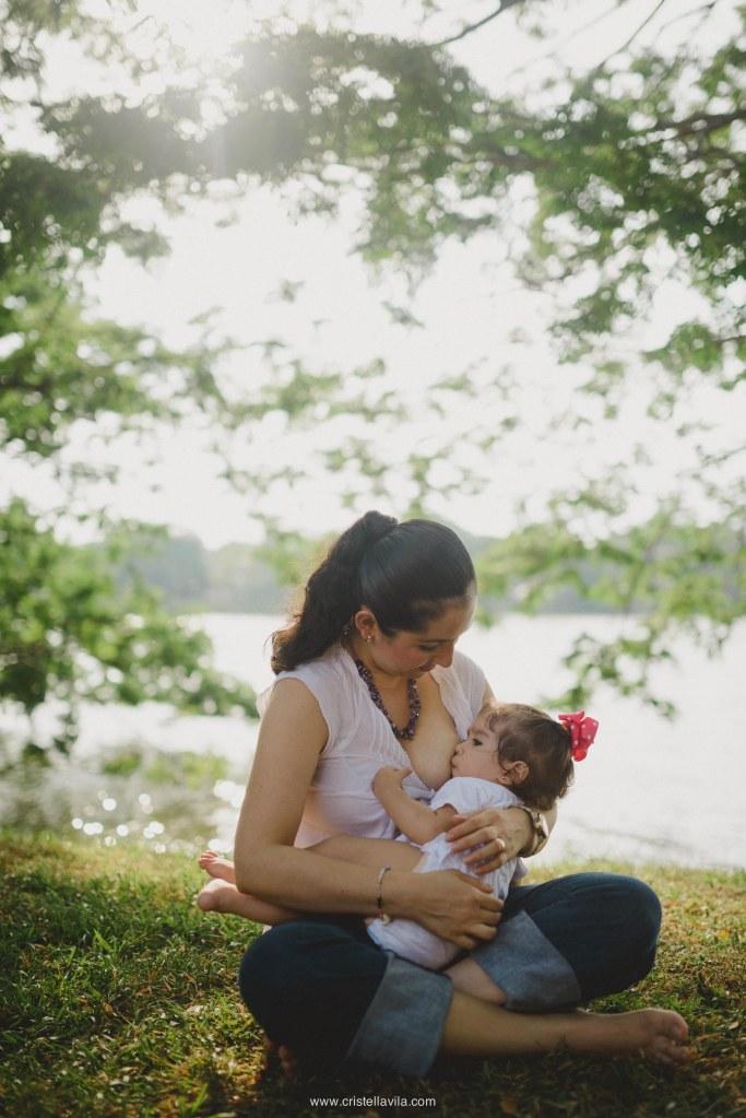 cristell-avila-fotografia-de-familia-lactancia-materna-villahermosa-tabasco-mexico-1