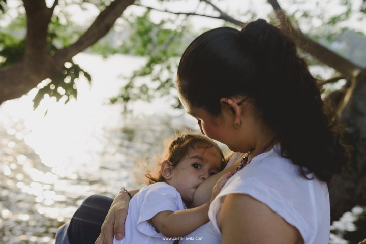 cristell-avila-fotografia-de-familia-lactancia-materna-villahermosa-tabasco-mexico-32